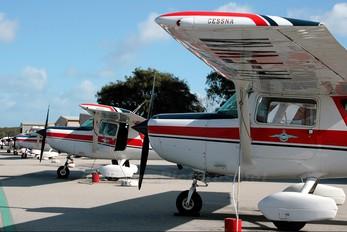 VH-FWM - Royal Aero Club of Western Australia Cessna 152