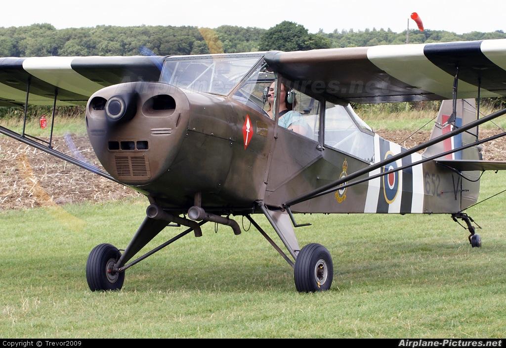 Private G-AMVD aircraft at Little Gransden
