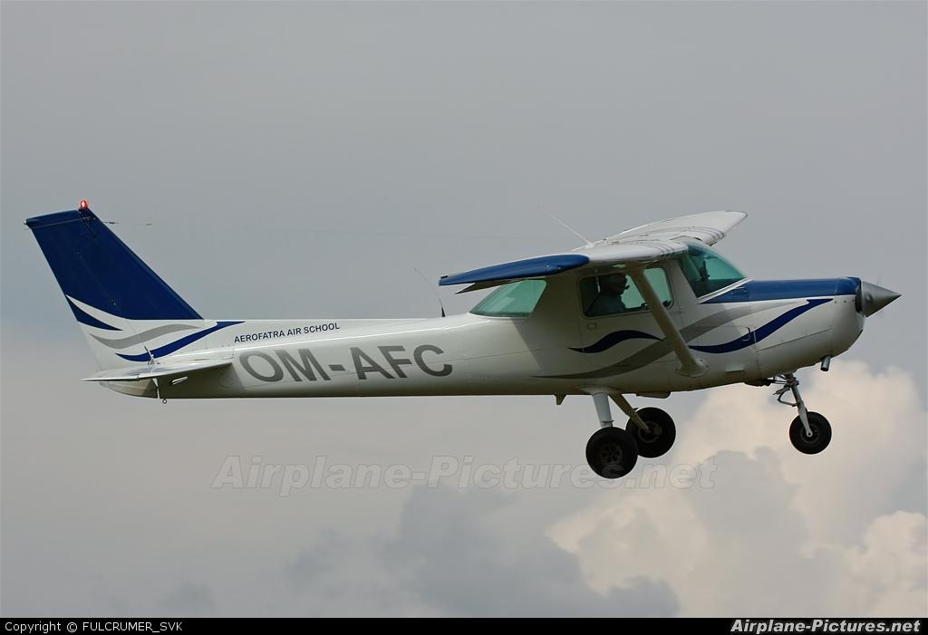 Aerofartra Air School OM-AFC aircraft at Očová