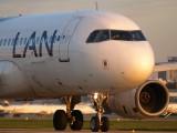 LV-BOI - LAN Argentina Airbus A320 aircraft