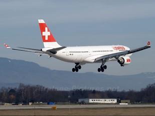 HB-IQI - Swiss Airbus A330-200