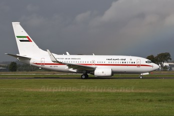A6-DFR - United Arab Emirates - Government Boeing 737-700 BBJ