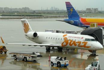 C-FRID - Air Canada Jazz Canadair CL-600 CRJ-100