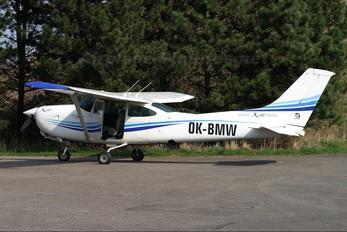 OK-BMW - Private Cessna 182 Skylane (all models except RG)