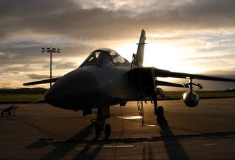 ZE907 - Royal Air Force Panavia Tornado F.3