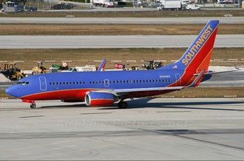 N498WN - Southwest Airlines Boeing 737-700