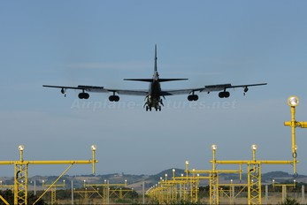 61-0011 - USA - Air Force Boeing B-52H Stratofortress