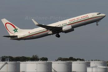 CN-RNZ - Royal Air Maroc Boeing 737-800