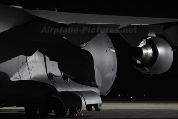 02-1106 - USA - Air Force Boeing C-17A Globemaster III