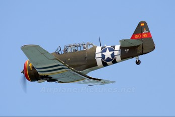 EC-HYY - Private North American Harvard/Texan (AT-6, 16, SNJ series)