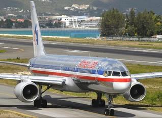 N698AN - American Airlines Boeing 757-200