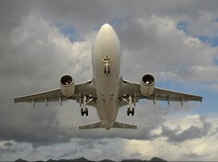 C-GTSI - Air Transat Airbus A310