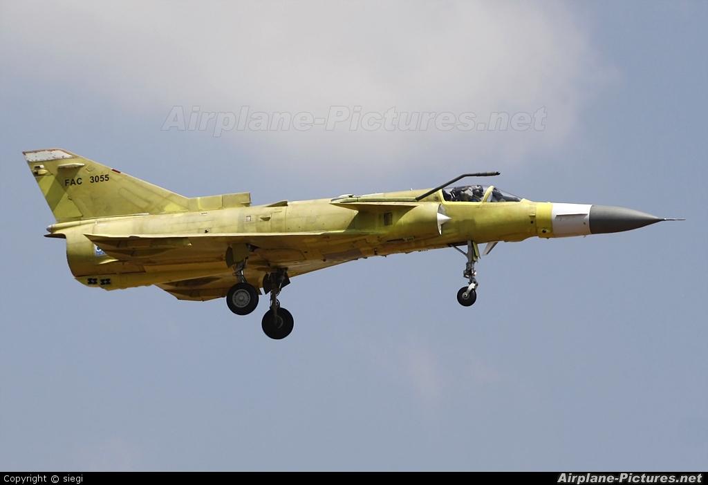 Colombia - Air Force FAC3055 aircraft at Tel Aviv - Ben Gurion
