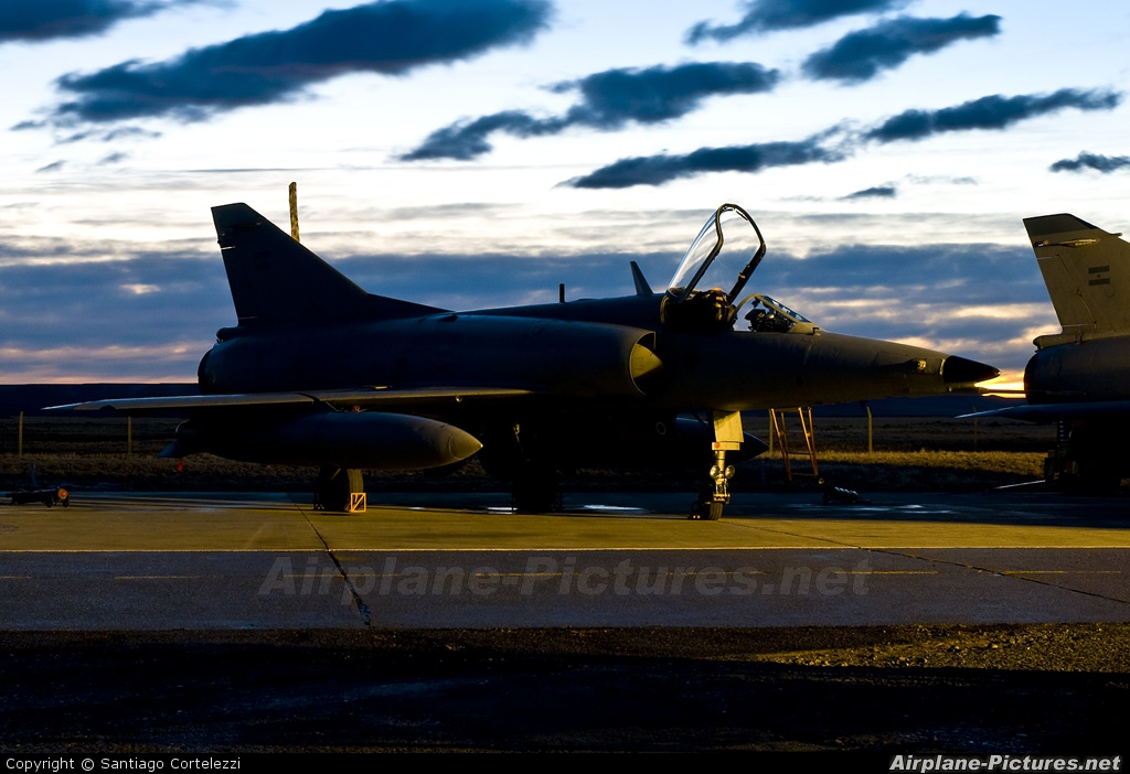 Argentina - Air Force - aircraft at Río Gallegos, Piloto Civil Norberto Fernández