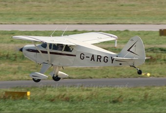 G-ARGY - Private Piper PA-22 Tri-Pacer