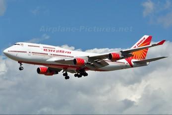 VT-AIS - Air India Boeing 747-400