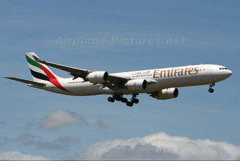 A6-ERF - Emirates Airlines Airbus A340-500