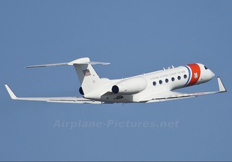 01 - USA - Coast Guard Gulfstream Aerospace C-37A