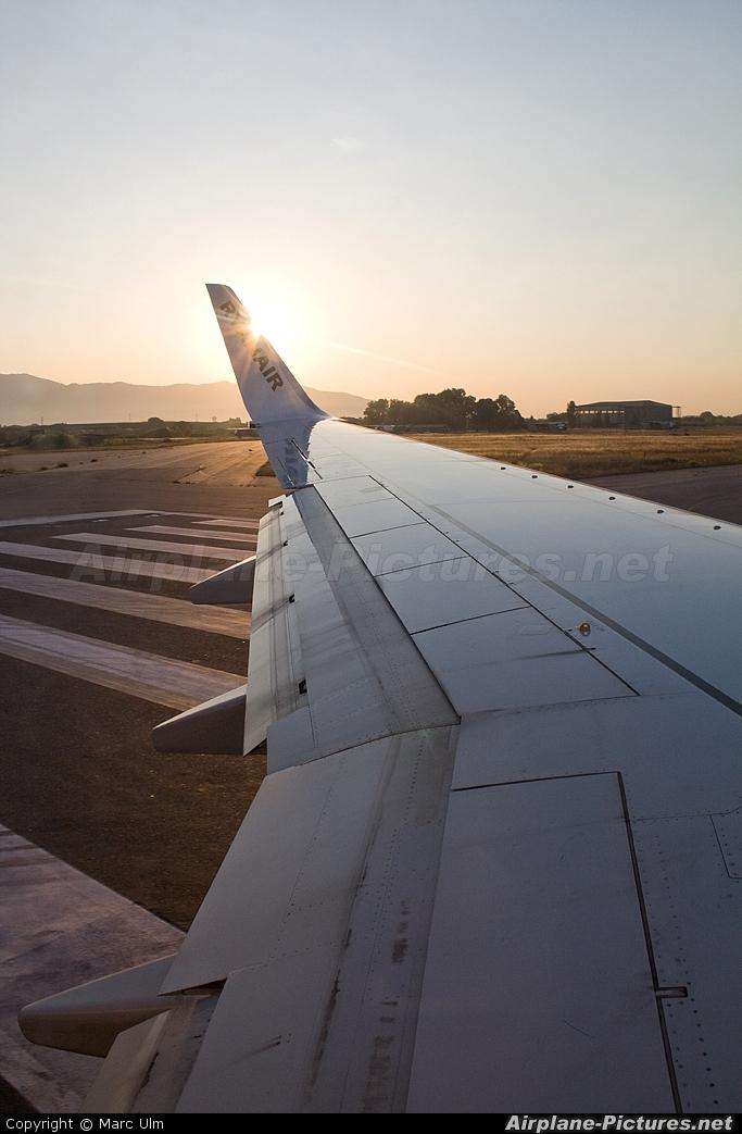 Ryanair EI-DCR aircraft at Pisa - San Giusto