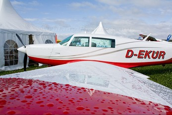 D-EKUR - Private Mooney M20K