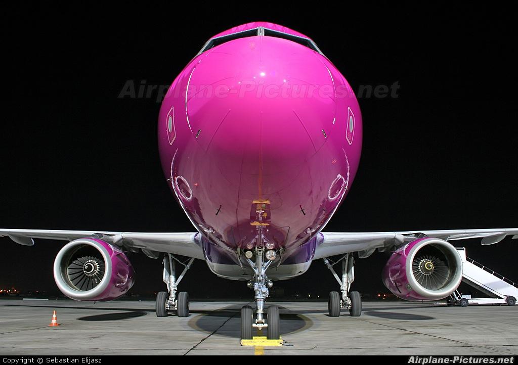 Wizz Air HA-LPC aircraft at Gdańsk - Lech Wałęsa