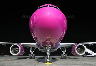 HA-LPC - Wizz Air Airbus A320