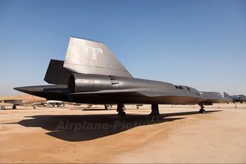 61-7975 - USA - Air Force Lockheed SR-71A Blackbird