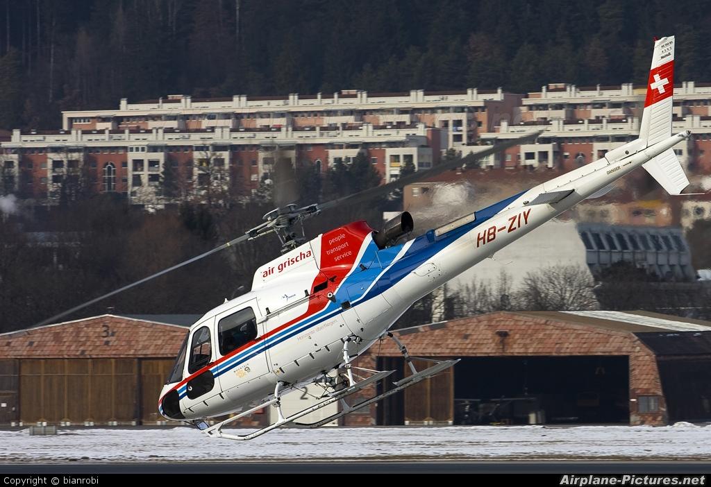 Air Grischa HB-ZIY aircraft at Innsbruck