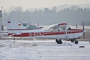 D-ECXJ - Private Cessna 172 Skyhawk (all models except RG)