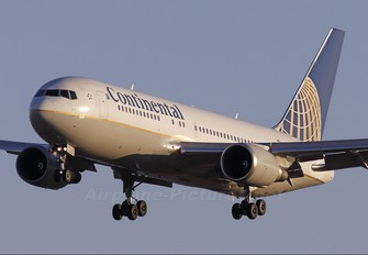 N68155 - Continental Airlines Boeing 767-200ER