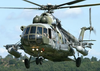 9825 - Czech - Air Force Mil Mi-171