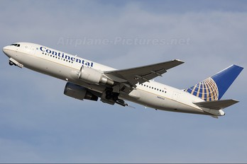 N69154 - Continental Airlines Boeing 767-200ER