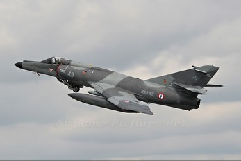 49 - France - Navy Dassault Super Etendard