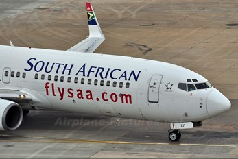 ZS-SJT - South African Airways Boeing 737-800