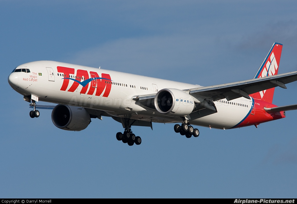 TAM PT-MUB aircraft at London - Heathrow