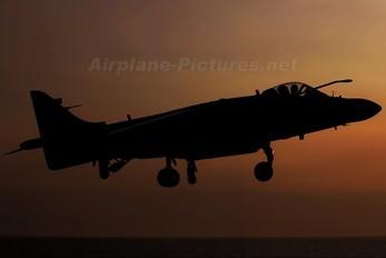 ZH798 - Royal Navy British Aerospace Sea Harrier FA.2