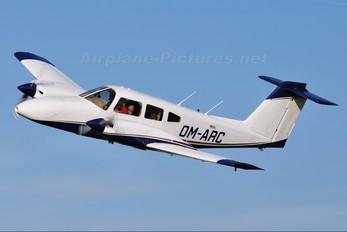 OM-ARC - Air Carpatia Piper PA-44 Seminole