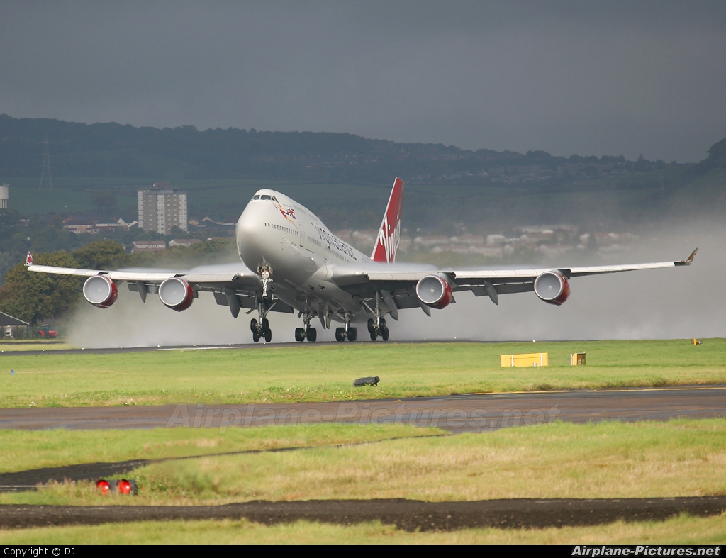 Virgin Atlantic G-VLIP aircraft at Glasgow