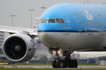 PH-BQA - KLM Boeing 777-200ER