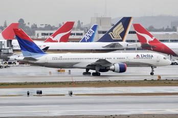 N609DL - Delta Air Lines Boeing 757-200