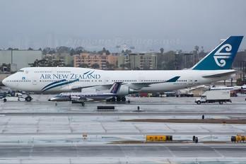 N569SW - SkyWest Airlines Embraer EMB-120 Brasilia