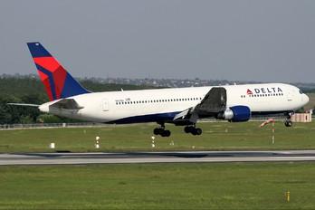 N197DN - Delta Air Lines Boeing 767-300ER