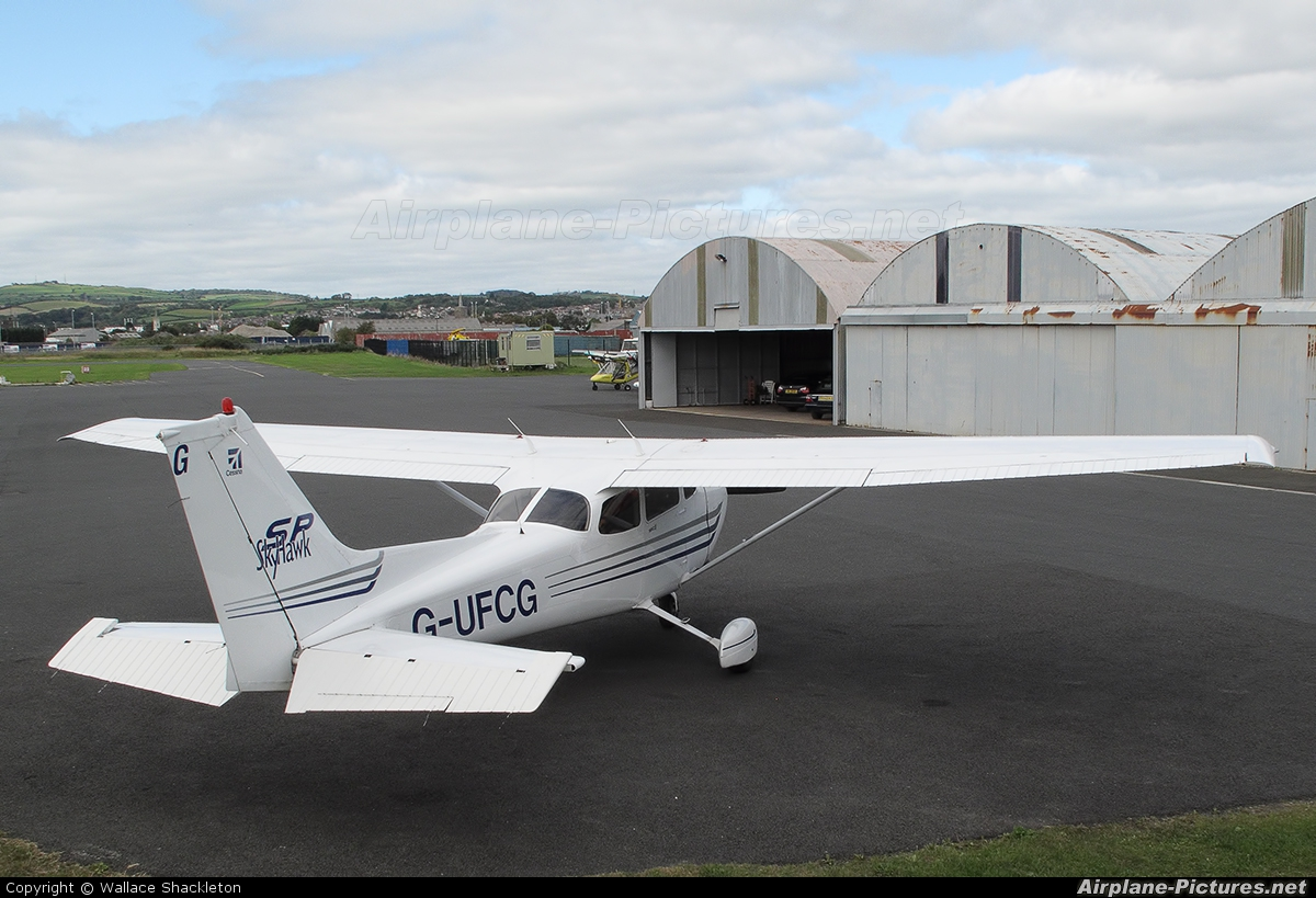 Ulster Flying Club G-UFCG aircraft at Newtownards