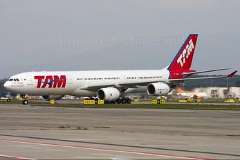 PT-MSL - TAM Airbus A340-500