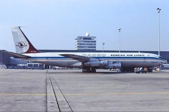 HL7431 - Korean Air Cargo Boeing 707-300
