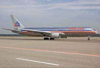 N366AA - American Airlines Boeing 767-300ER
