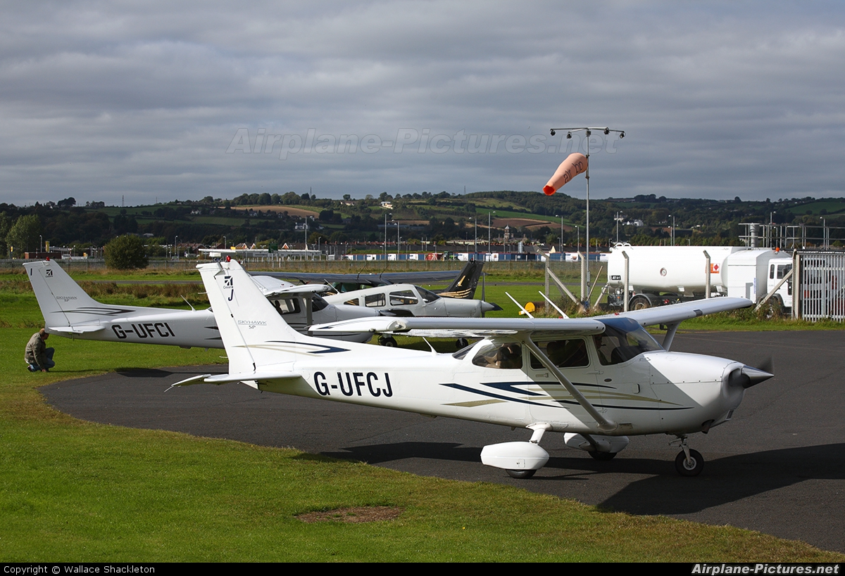 Private G-UFCJ aircraft at Newtownards