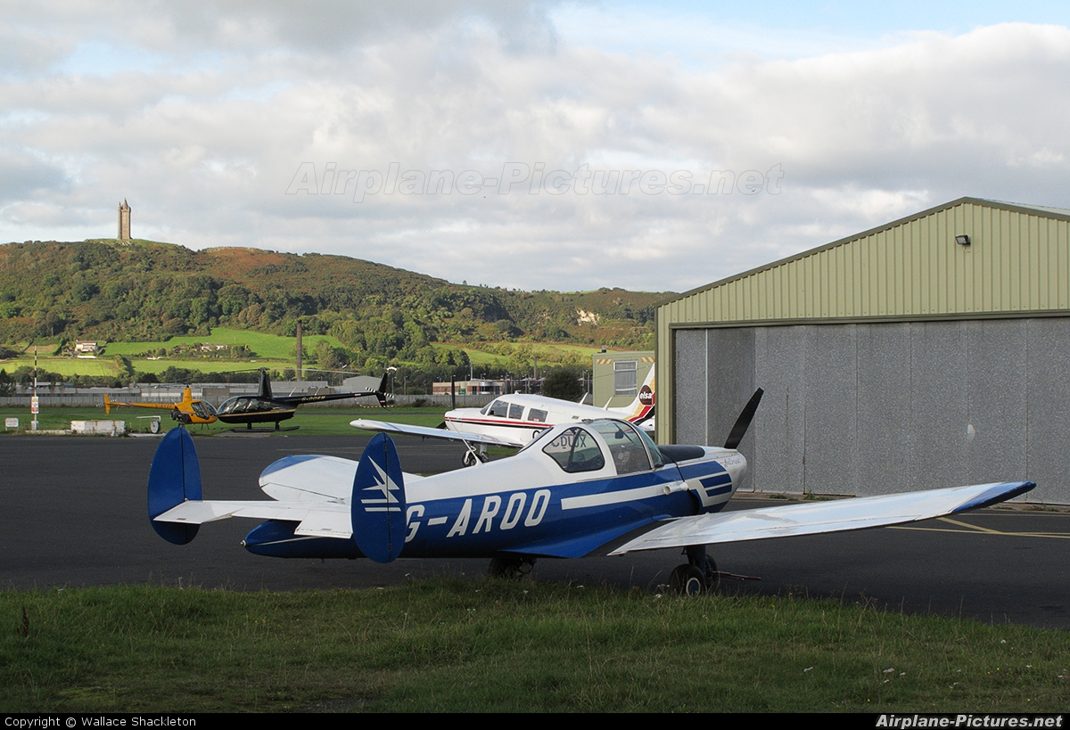 Private G-AROO aircraft at Newtownards