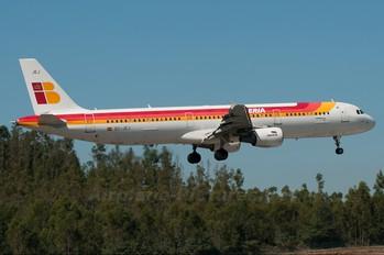 EC-JEJ - Iberia Airbus A321
