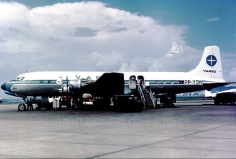PP-YSM - VARIG Douglas DC-6B